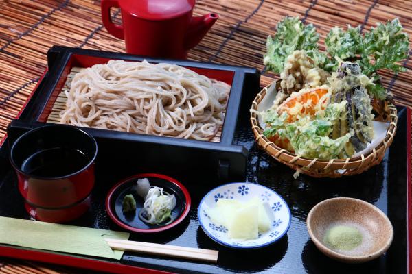 せいろ蕎麦・うどん天ぷらセット野菜天丼